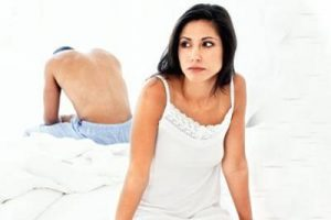http://timesofindia.indiatimes.com/life-style/relationships/love-sex/Do-you-suffer-from-Intimacy-Anorexia/articleshow/8340041.cms