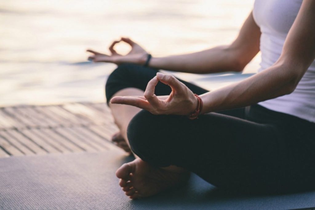 http://theblueroom.bupa.com.au/healthier/wellness/a-beginners-guide-to-meditation/