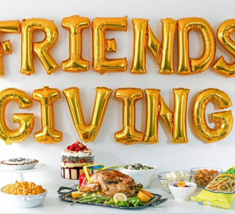 Singles Friendsgiving Thanksgiving