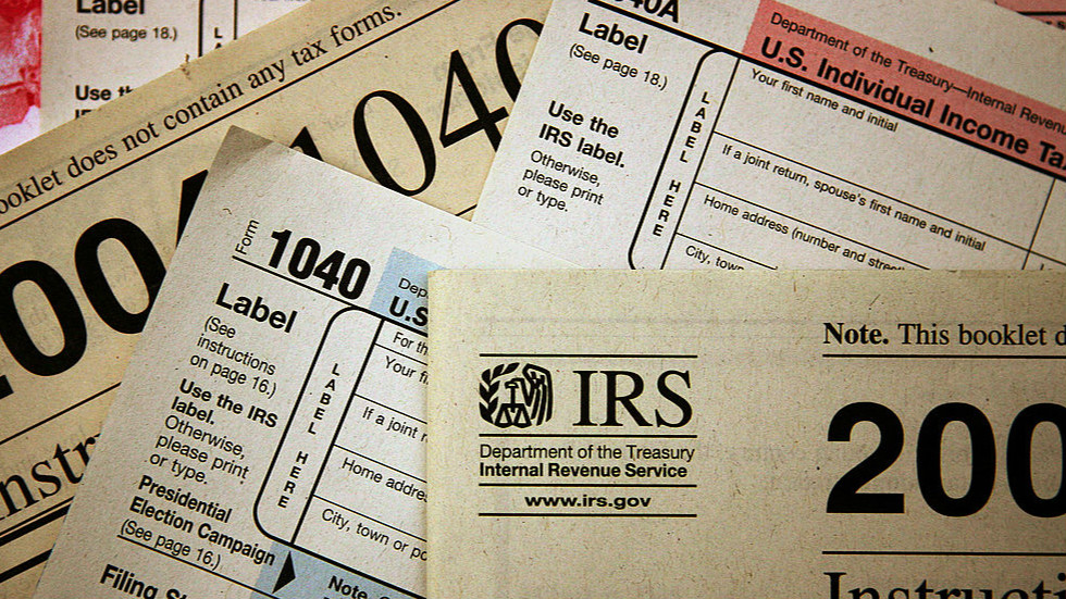 http://thehill.com/business-a-lobbying/business-a-lobbying/327287-americans-abroad-lobby-for-tax-changes